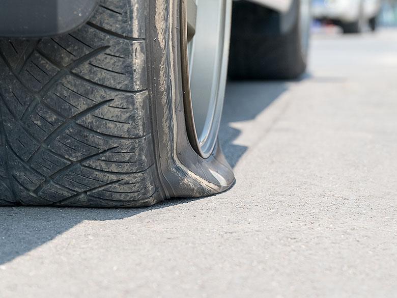 Ein platter Reifen hat viele Gründe
